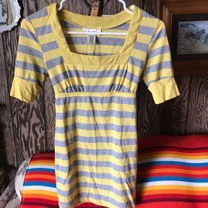 Self esteem yellow/gray blouse